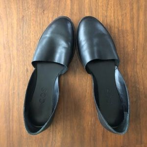 COS black soft leather flats